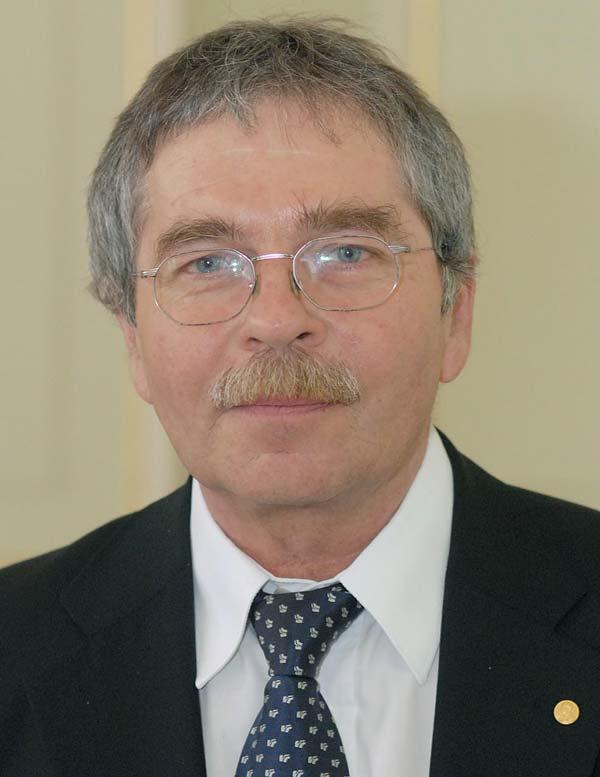 Dr Georg Bednorz